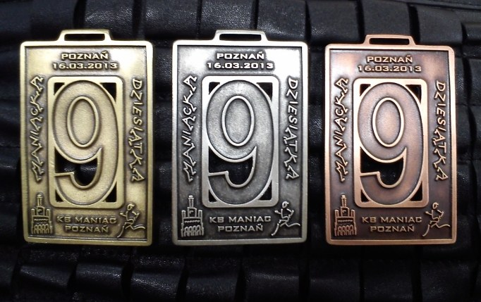 9 Maniacka - medal fot1